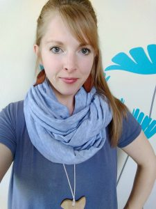 the easy diy nursing scarf you need as a new mom
